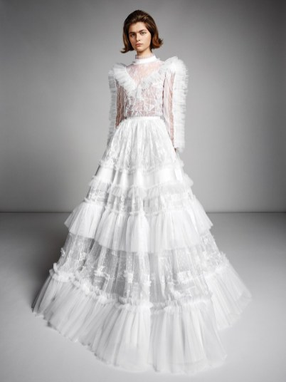 mariage-by-viktor-and-rolf-wedding-dresses-fall-2019-014