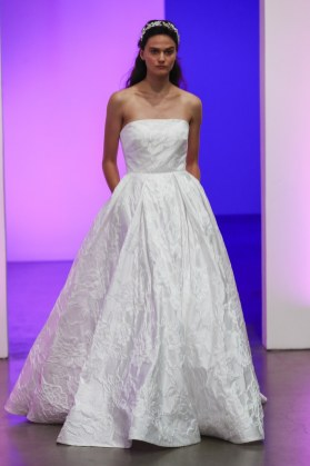 gracy-accad-wedding-dresses-fall-2019-009