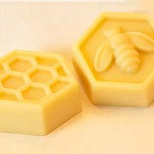 beeswax-lotion-bars for DIY Concealer