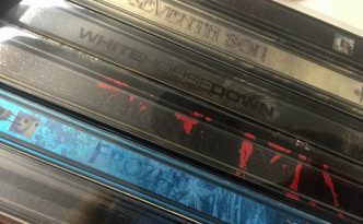 title on steelbook spine
