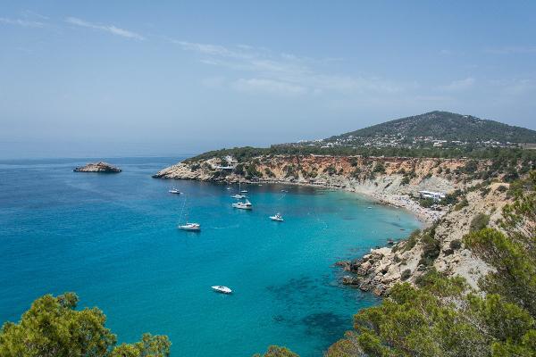 Ibiza haven zee boten