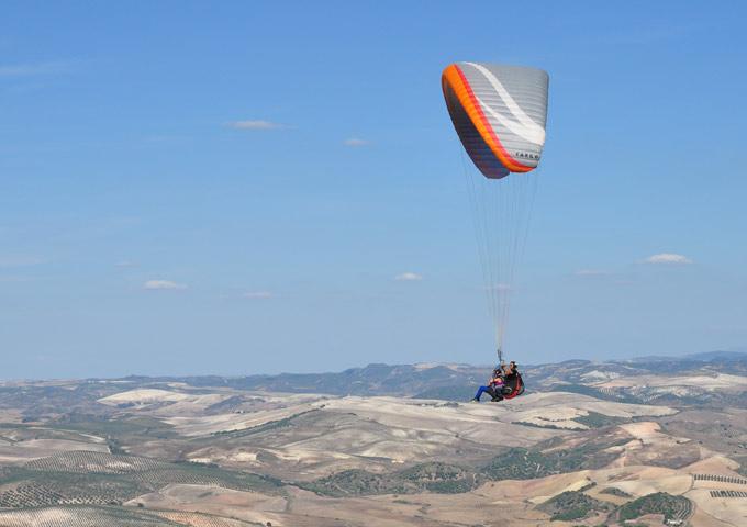 Parapeint roadtrip Andalusie lucht