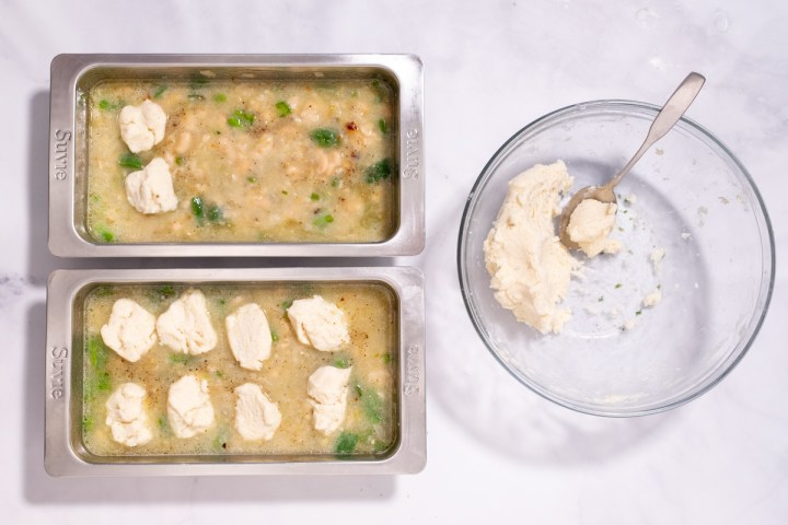 White Bean Chili With Masa Dumplings Recette Magazine
