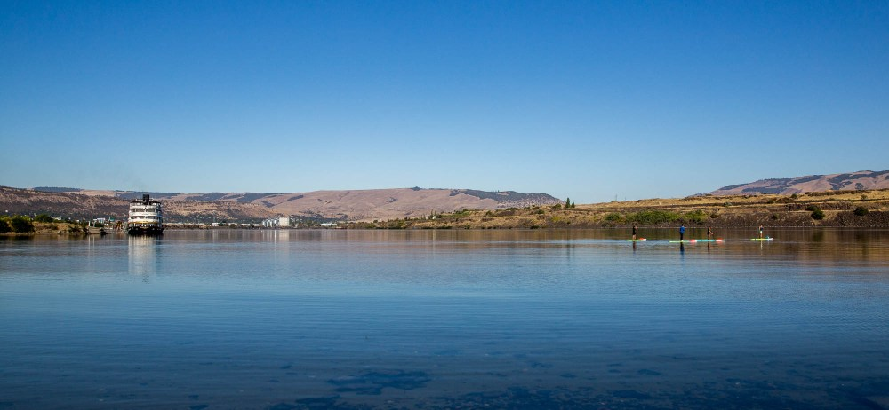 Stand up paddle boarding The Dalles oregon