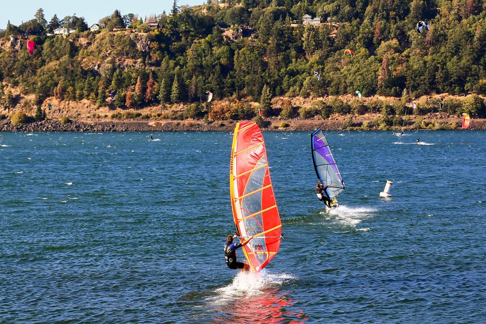 hood river oregon windsurfing