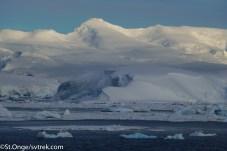 Approaching the Antarctic Peninsula