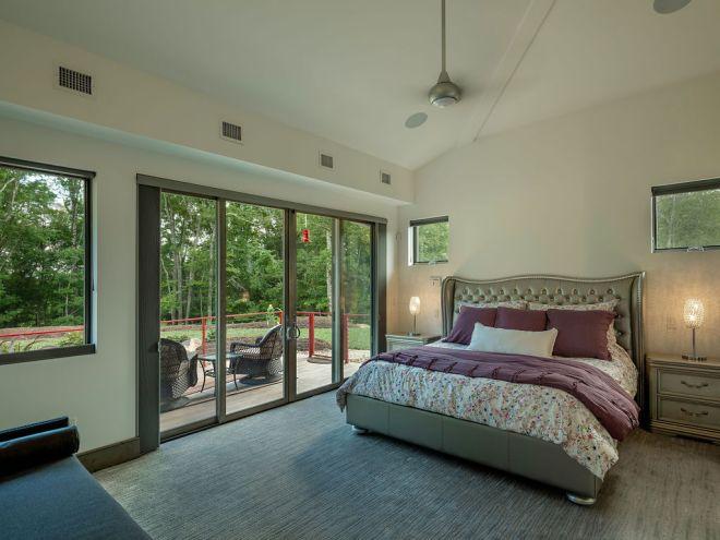 Interior bedroom photo