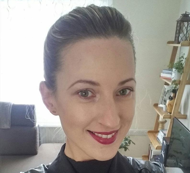 Karolina Profile