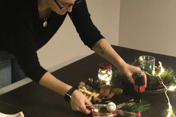 Amanda styling food for the TableCraft Christmas Photoshoot