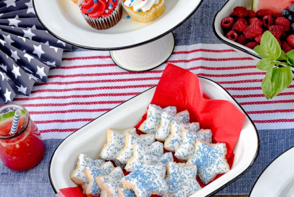 desserts for the 4th of july enamelware collection from tablecraft