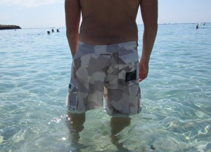 Neptune Shorts M90AW in Cyprus water