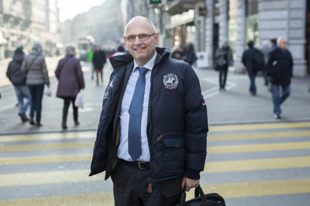 Alfred Heer, SVP, ist Präsident des Bundes der Steuerzahler. Er kündigte diese Woche eine Zwillingsinitiative an, die den Kantonsrat und Gemeinderat zu verkleinern. (Foto: Dominique Meienberg)
