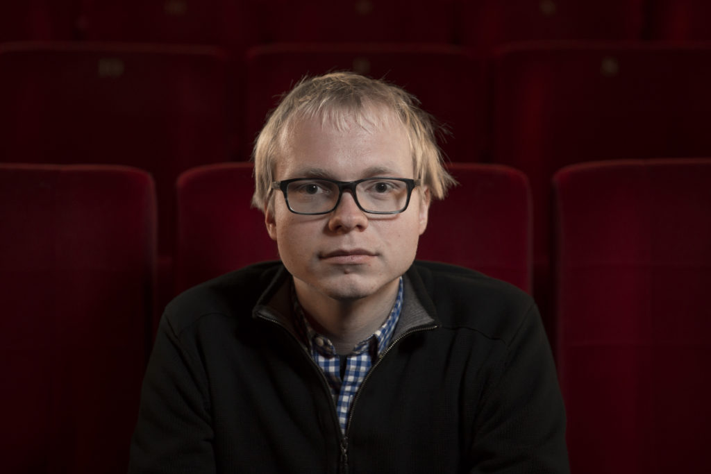 Der Zürcher Regisseur Christian Keller erzählt in sienem Debütfilm vo Aufstieg und Fall einer mexikanischen Popikone. (Foto: Dominique Meienberg)