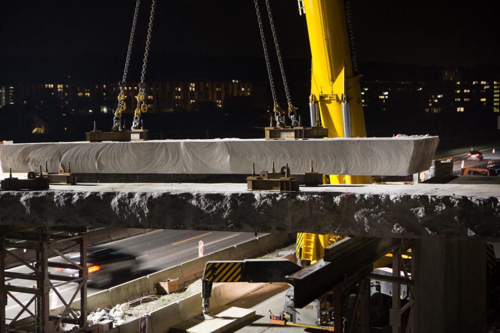 Gubrist 2026: Um den Nordring auf sechs Spuren ausbauen zu können, müssen zuerst alle Brücken weg. Das ist der Moment von Bauingenieur Urs Meier, Inhaber einer auf Abbrucharbeiten spezialisierten Firma.