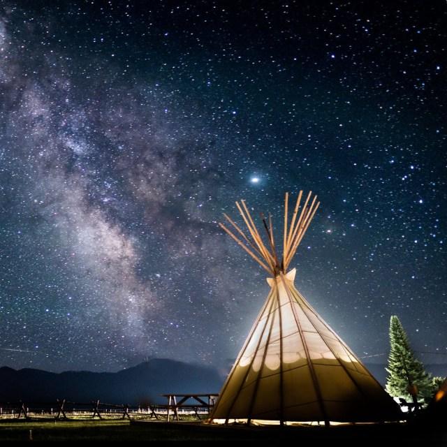 Using Native American regalia as props