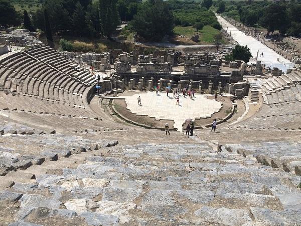 Efes Antik Kenti Oditoryumu