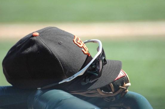 BaseballCap_Sunglasses_Glove