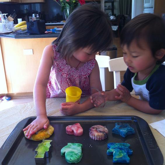 How to make playdough easy