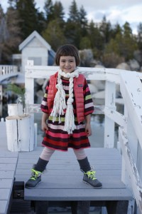 Tea model in diy wintery scarf