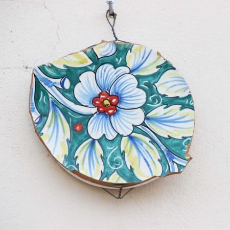 Hanging platter