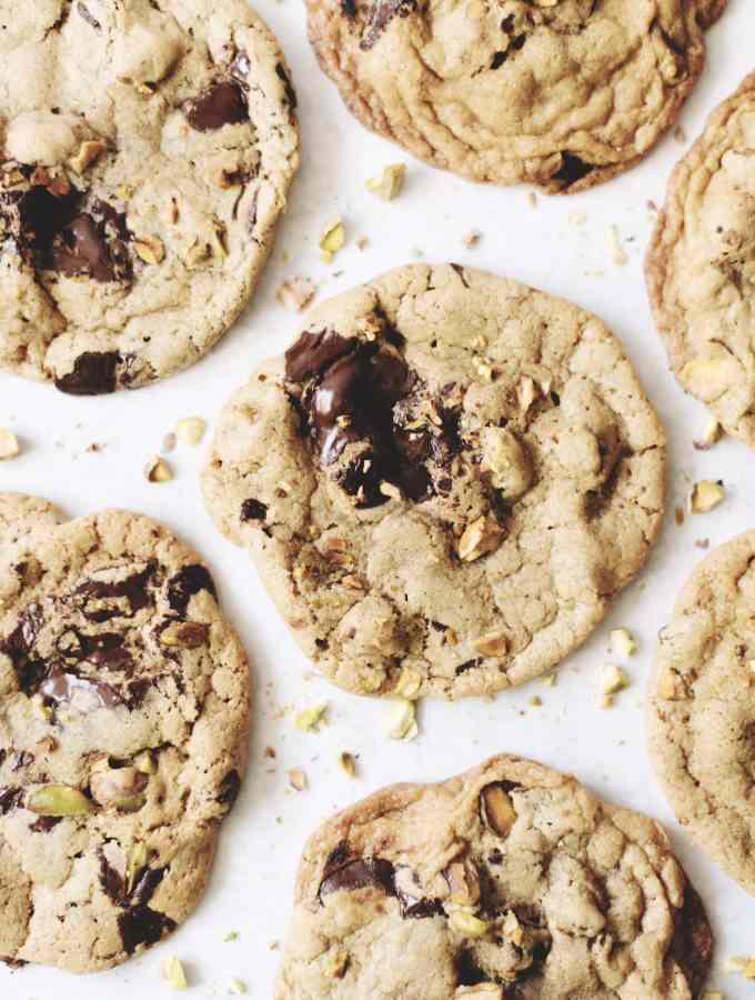 toasted pistachio dark chocolate cookies