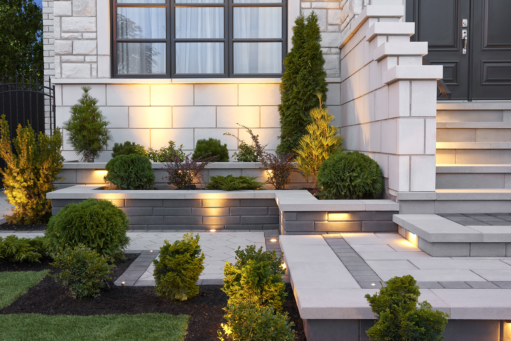 7 retaining wall ideas for your front