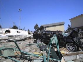 What debris from the Japanese tsunami, still washing ashore, can teach us
