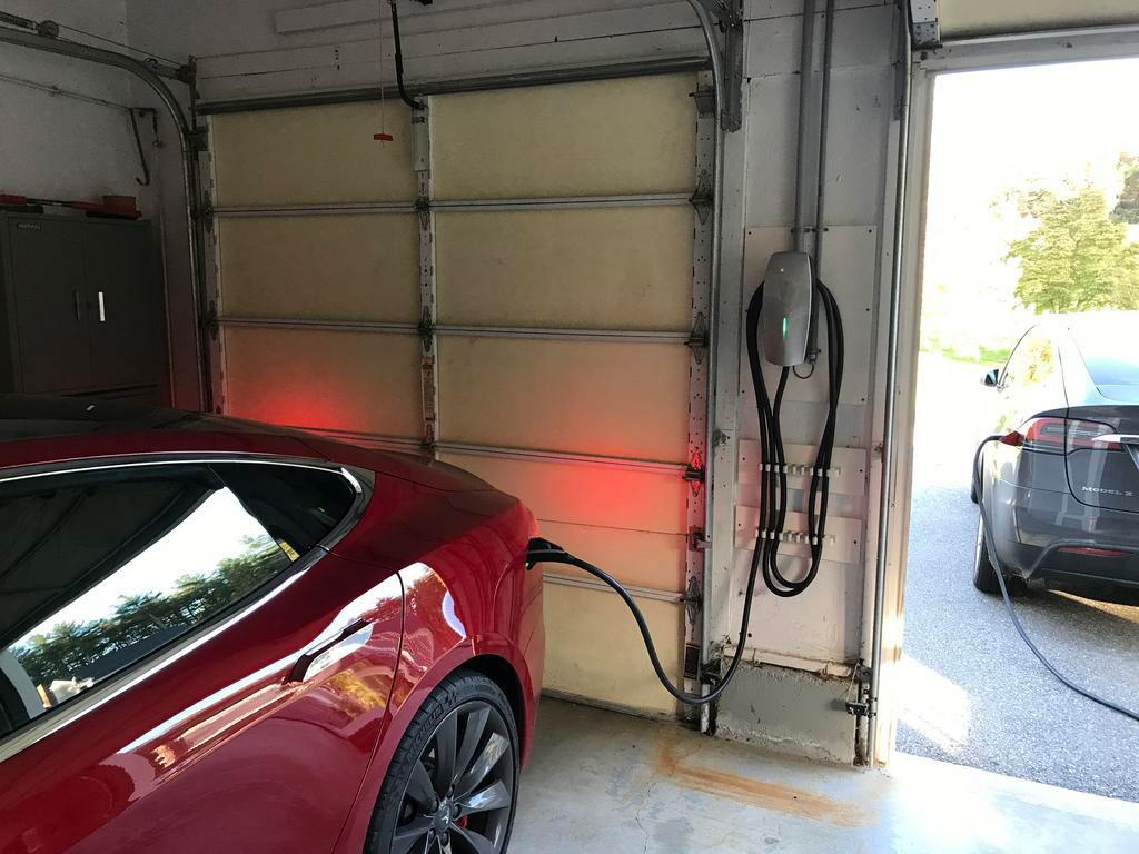 Tesla HWPC charging red Model S