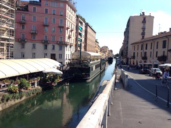 レオナルド・ダヴィンチも設計に参加した、ナヴィリオ地区の運河。