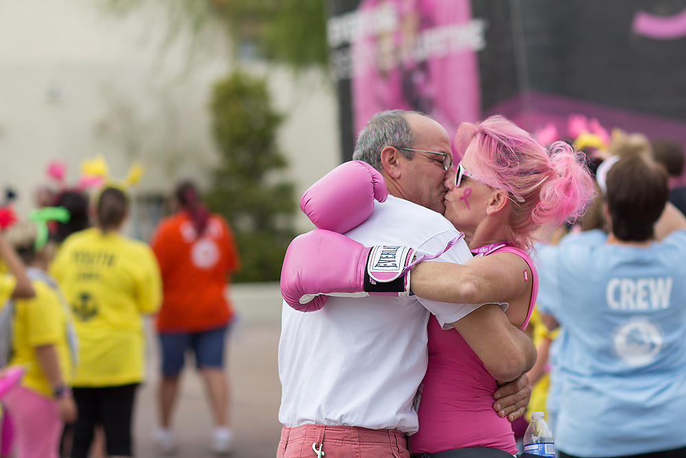 Pink Boxing Gloves Breast Cancer Susan G. Komen 3-Day