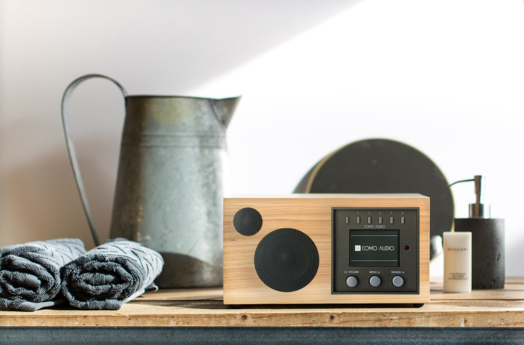 Como Audio smart connected hi-fi music system: modern stereo