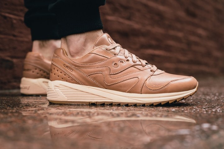 http-hypebeast.comimage201705saucony-shadow-6000-grid-8000-veg-tan-5