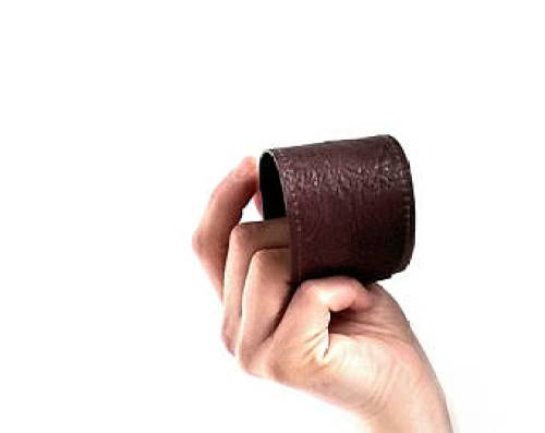 The final look of your leather cuff bracelet should appear somewhat like this. Differences in style, stitch or measure can be subject to change.