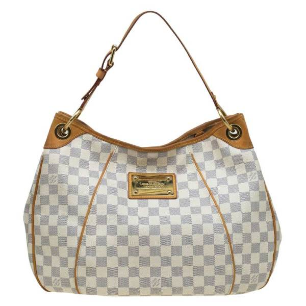 7 Must Have Louis Vuitton Bag Styles
