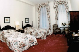 Guest room at the Pfister Hotel, circa 1990