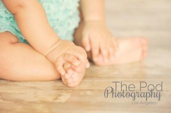 baby-close-up-feet