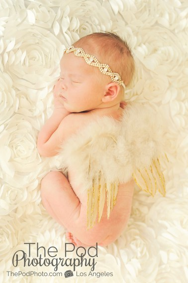 baby-angel-wings-gold