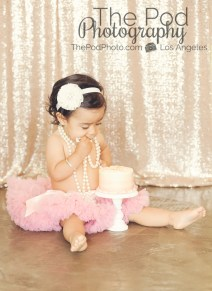 Best-First-Birthday-Cake-Smash-Photographer-Los-Angeles-Portrait-Studio-Tutu-Pink-SmashCake-Susiecakes-Headband-Pearls-Sequins-Girly-Styling