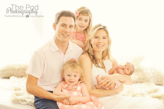 family-with-three-girls-newborn-photography
