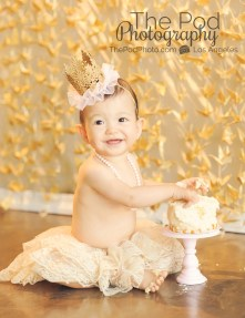 The-Pod-Photography-Best-First-Birthday-Cake-Smash-Photographer-Los-Angeles