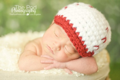 cute-baby-puctures-los-angeles-baseball-hat