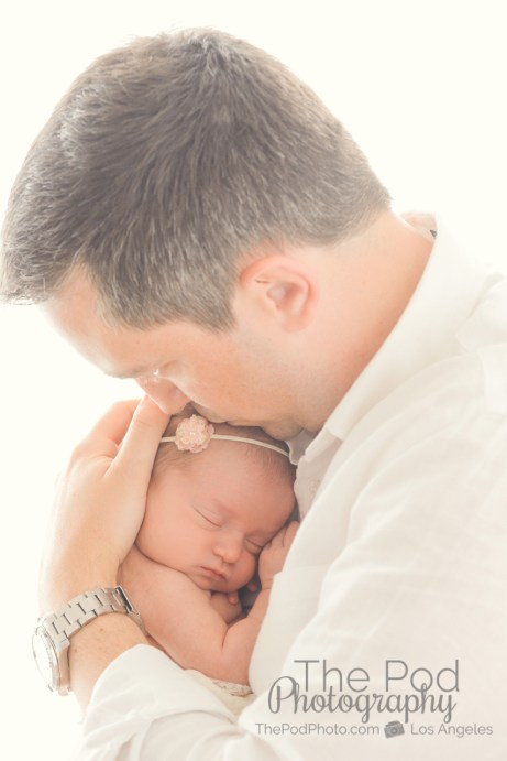 dad-kissing-baby-infant-picture