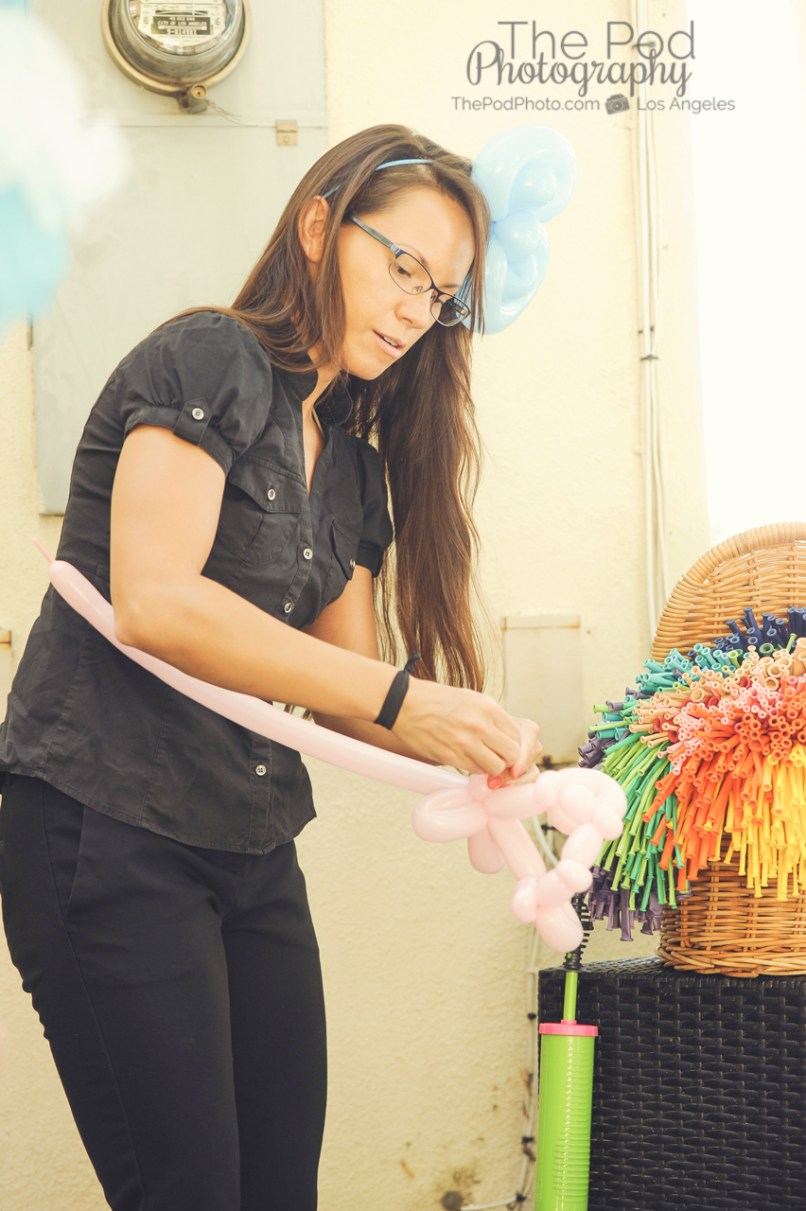 Balloon-Artist-Fun-Birthday-Activities-Hollywood-Event-Photographer-The-Pod-Photography