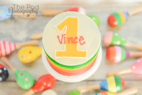 Pinata-Smash-Cake-SusieCakes