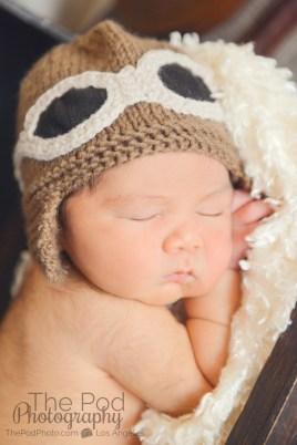 knit-newborn-pilot-hat