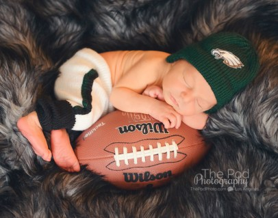 professional-newborn-photographer-woodland-hills