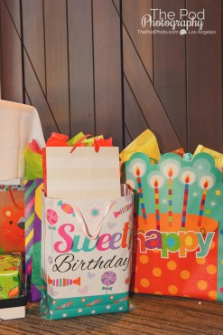party-gifts-happy-birthday-party-photographer-kids-the-pod-photography