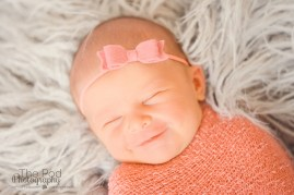 smiling-newborn-baby-pictures-los-angeles