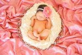 bold-pink-newborn-girl-styling