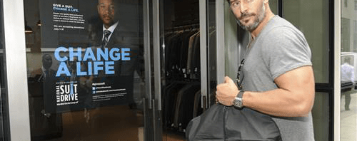 Give a suit. Change a life. Lend a hand. Men's Wearhouse 2014 National Suit Drive.